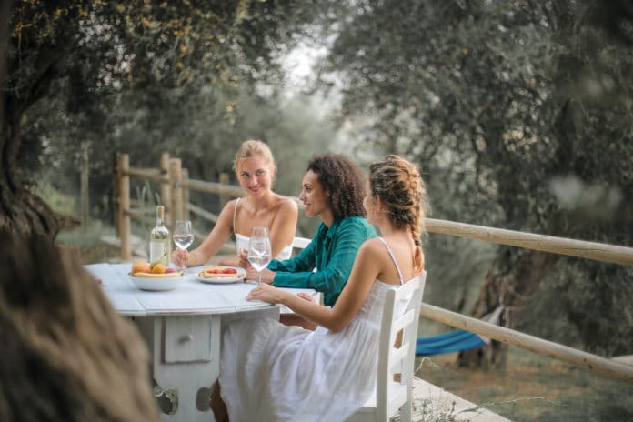 Stół do ogrodu - jaki wybrać?