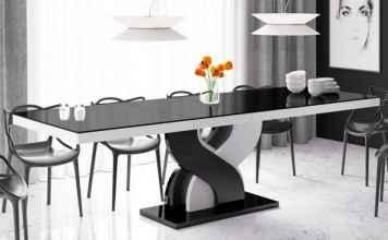 Czarne stoły