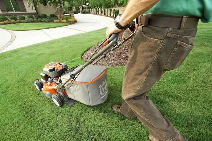 Przygotowanie i koszenie trawy