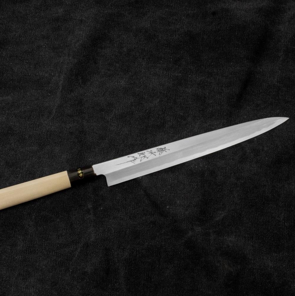 Nóż Tojiro Aogami