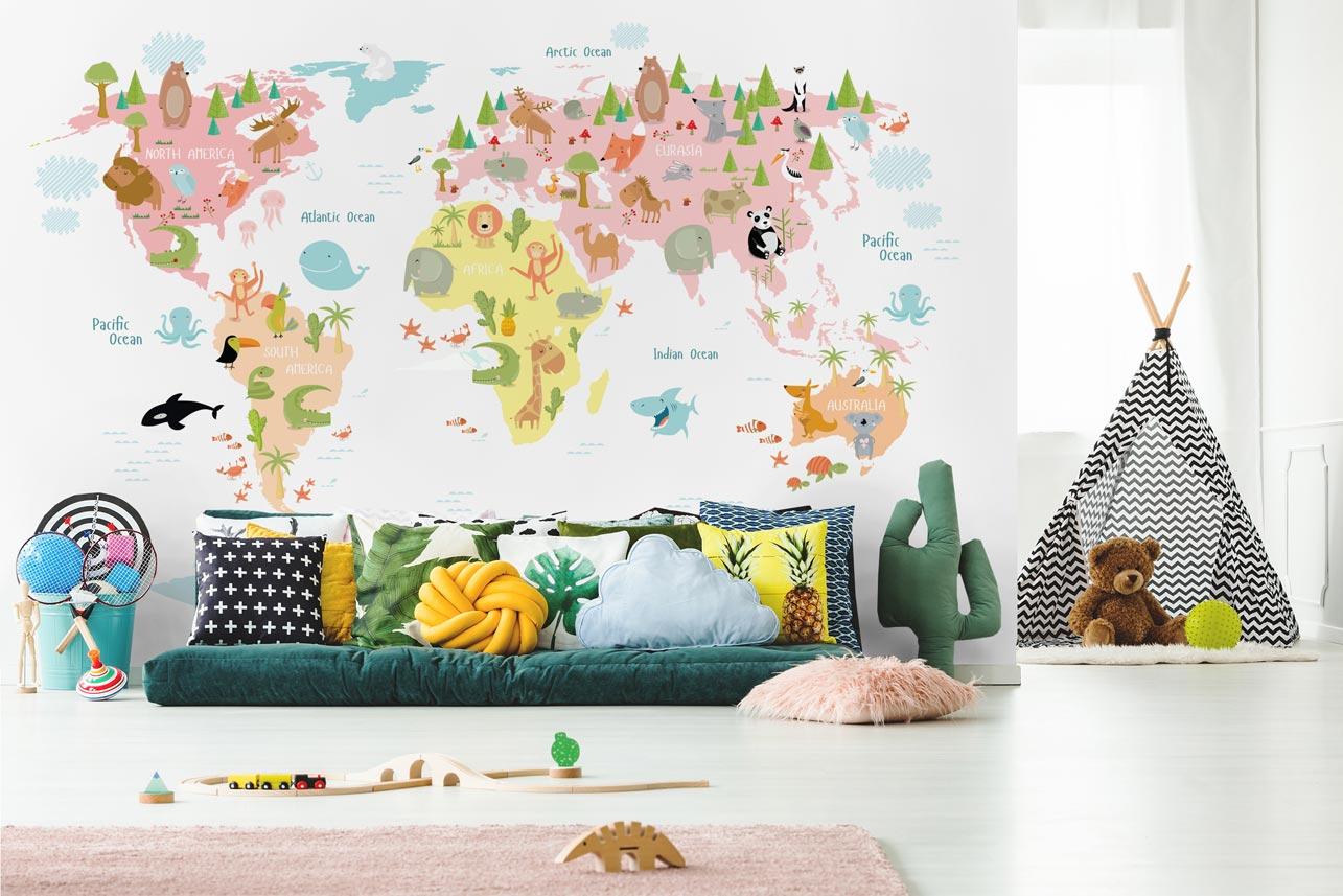 Fototapeta mapa świata ze zwierzętami