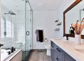 Tapeta do łazienki zamiast glazury