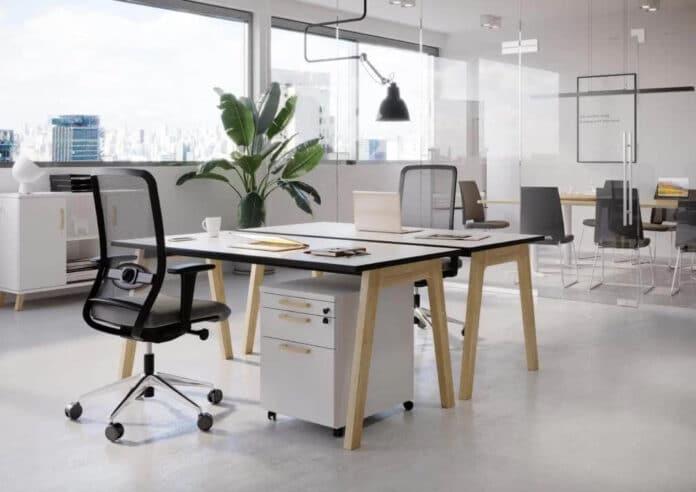 Ile wydać na meble biurowe